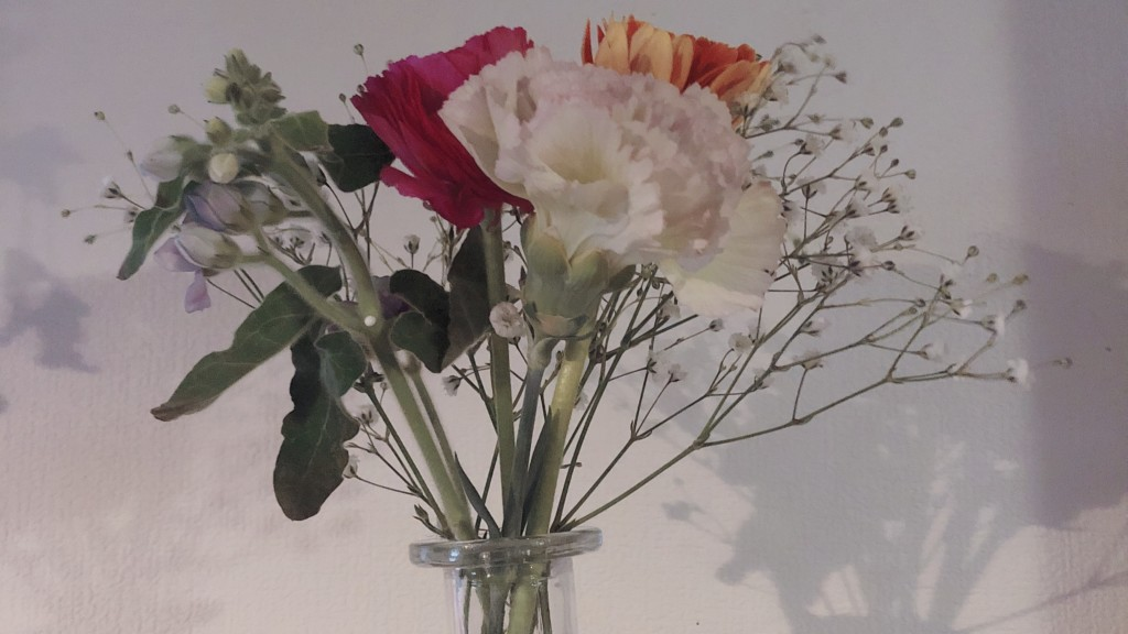 ブルーミーライフで届いたお花を飾ってみたよ!