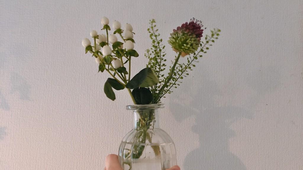 ブルーミー(bloomee)から届いたお花を活けてみたよ!