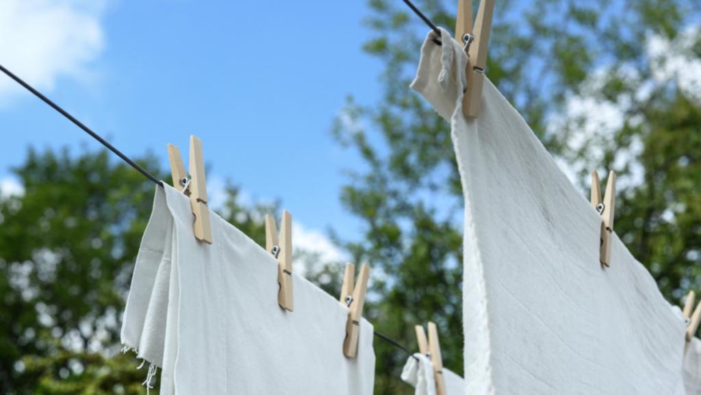 毎日のお洗濯にレイヤードフレグランスの洗剤と柔軟剤を取り入れてみて♪